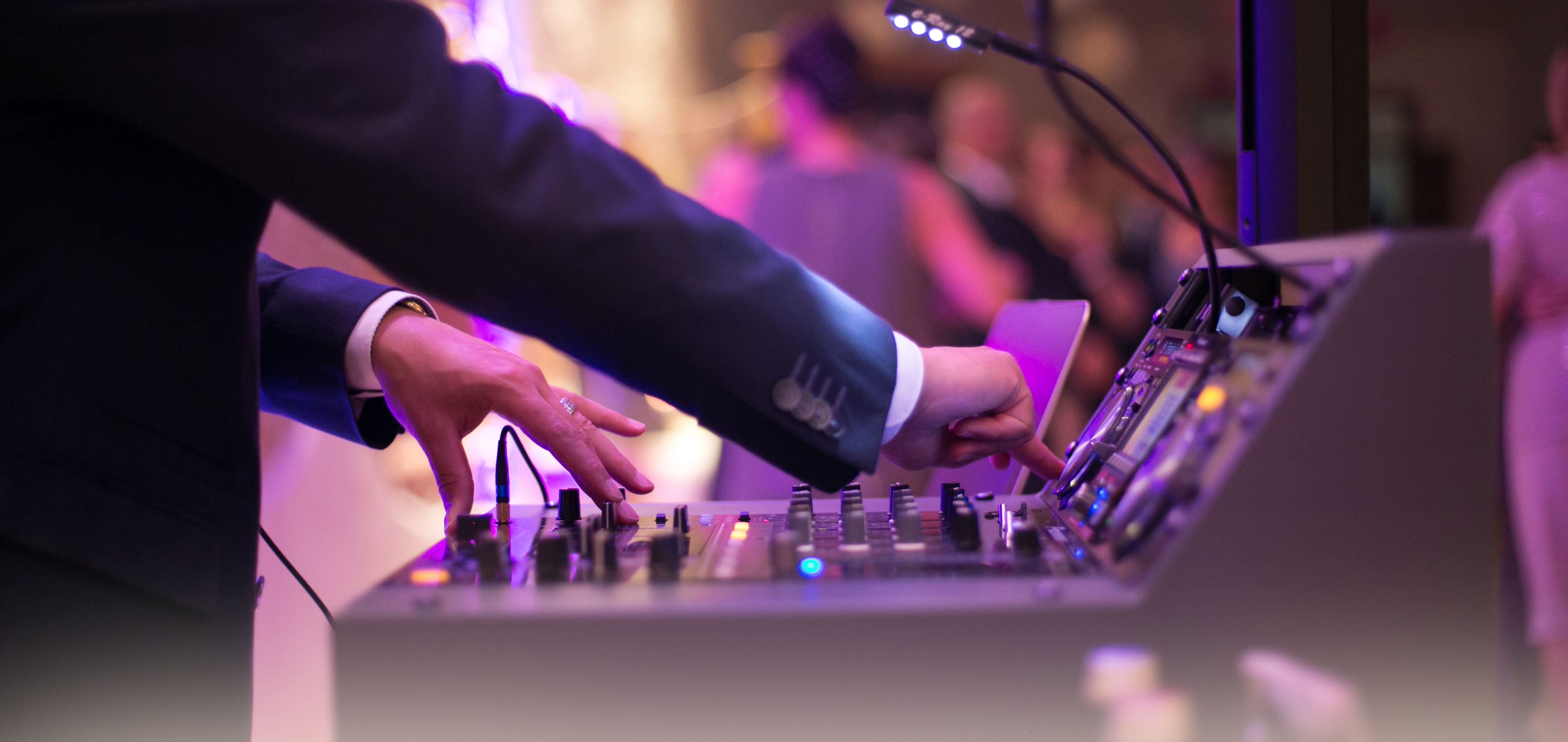 HG DJ Pult